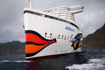 """Vista de proa del buque """"AIDAperla"""""""