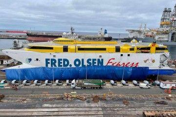 """El catamarán """"Bentago Express"""" se encuentra varado en ASTICAN"""
