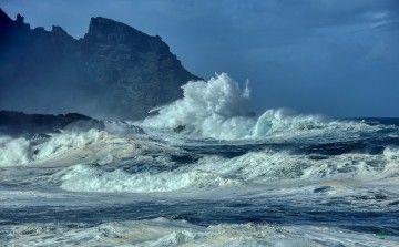 La llamada del mar, el argumento vital de puentdemando.com