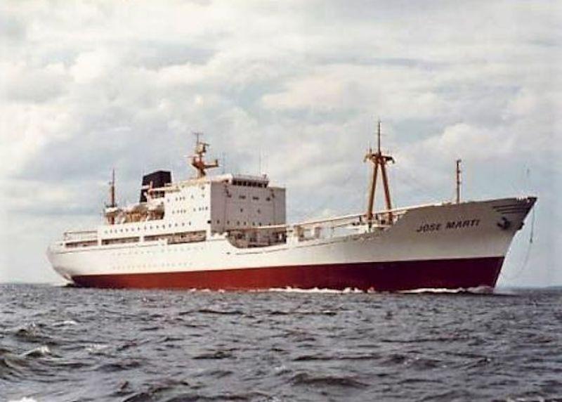 """El buque """"José Martí"""", recién entregado y en todo su esplendor"""