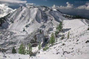 La Ruta de los Volcanes nevada, a su paso por los cráteres de la erupción de 1949