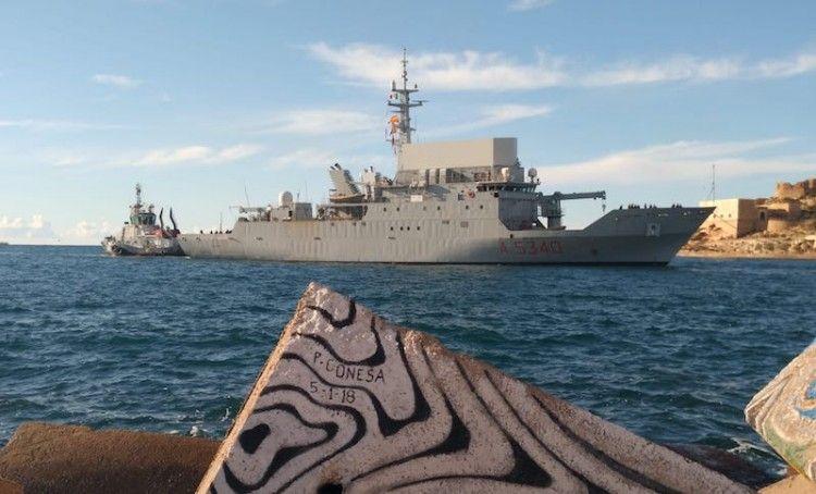 """El buque italiano """"Elettra"""", a su llegada a Cartagena"""