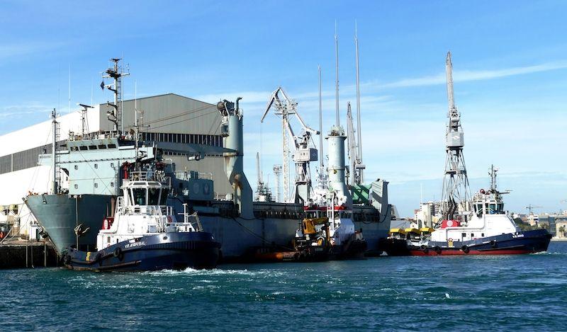 Maniobra de salida del puerto de Cartagena