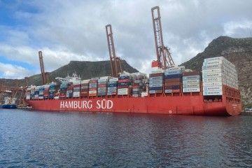 """El buque """"Cap San Lorenzo"""", durante su estancia en el puerto tinerfeño"""