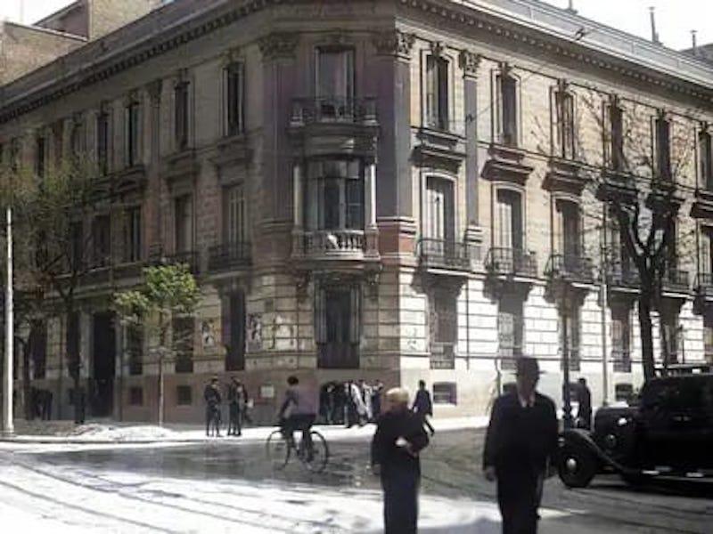 Este edificio, demolido en 1977, está asociado a la historia de Peral