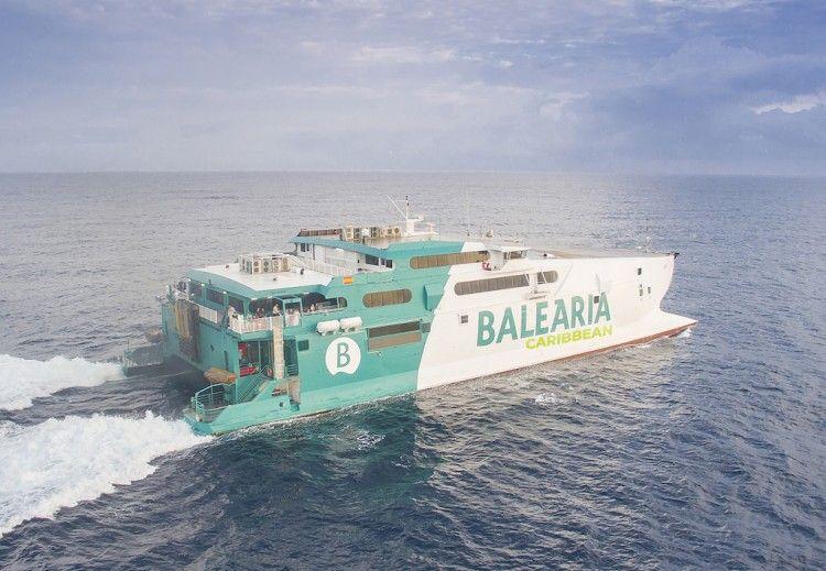 """El servicio está a cargo del catamarán """"Jaume II"""""""