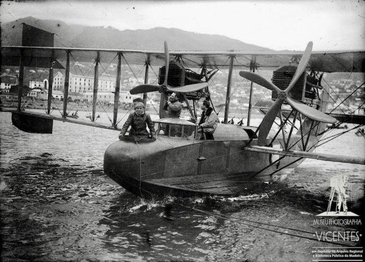 El hidroavión Felixstowe F-3, en aguas de Funchal