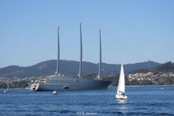 """Numerosas embarcaciones se han acercado al gigayate """"A"""""""
