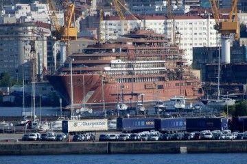 El buque, construido en el astillero Barreras, será terminado en Santander