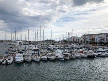 Marina deportiva del puerto de Ibiza