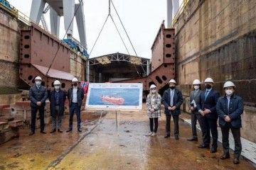 Puesta en dique del primer buque del futuro buque LNG