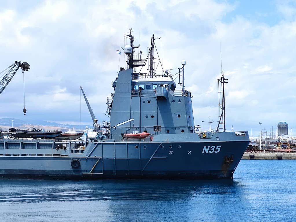 """Superestructura del buque supply """"N 35"""""""