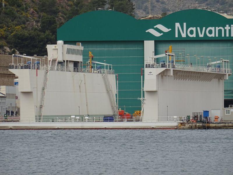 El dique flotante es un elemento fundamental de Navantia Cartagena