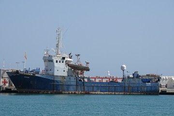 """El buque """"Ratibor"""", abandonado en el puerto de Málaga"""