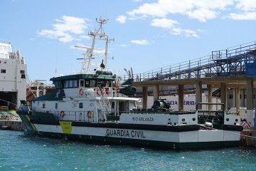 """El patrullero """"Río Arlanza"""", visto por la aleta de babor"""