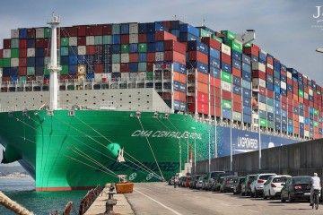 """Impresionante perspectiva del buque """"CMA CGM Palais Royal"""""""