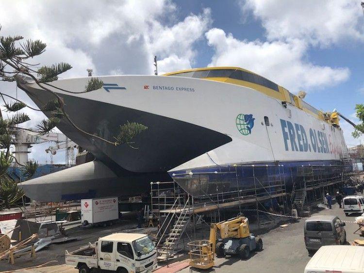 """Estado en el que se encuentra el catamarán """"Bentago Express"""""""