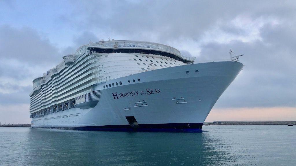 Es el primero de cuatro buques de Royal Caribbean que vendrán a reparar en Cádiz