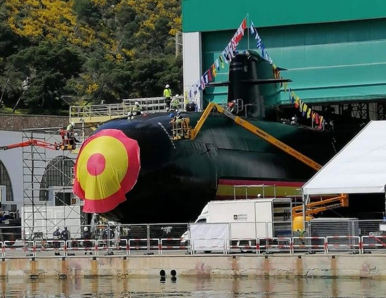 """Preparativos para el acto de bautizo del submarino S-81 """"Isaac Peral"""""""