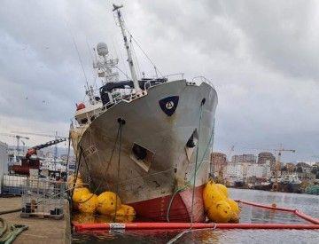 """El buque pesquero """"Baffin Bay"""", el día de su reflotamiento"""