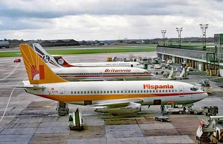 """Boeing B-737 de Hispania EC-DVN el """"DiViNo"""""""