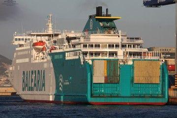 """El ferry """"Martín i Soler"""", atracado en el puerto de Algeciras"""
