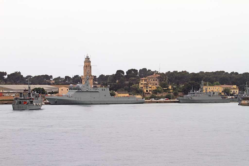 Unidades españolas en la estación naval de Porto Pi