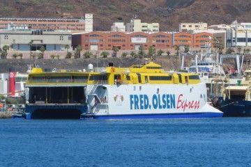 """El catamarán """"Benatgo Express"""" ha sido reparado en ASTICAN"""