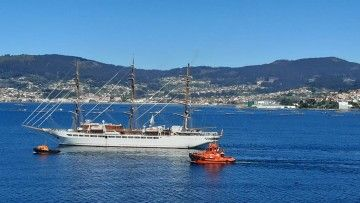 """El buque velero """"Sea Cloud Spirit"""", en pruebas de mar en la ría de Vigo"""