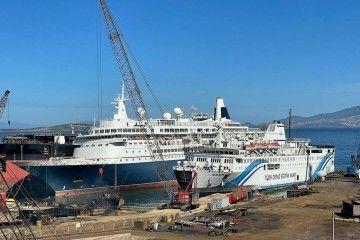 """Vista del buque """"Boudicca"""", varado para desguace"""