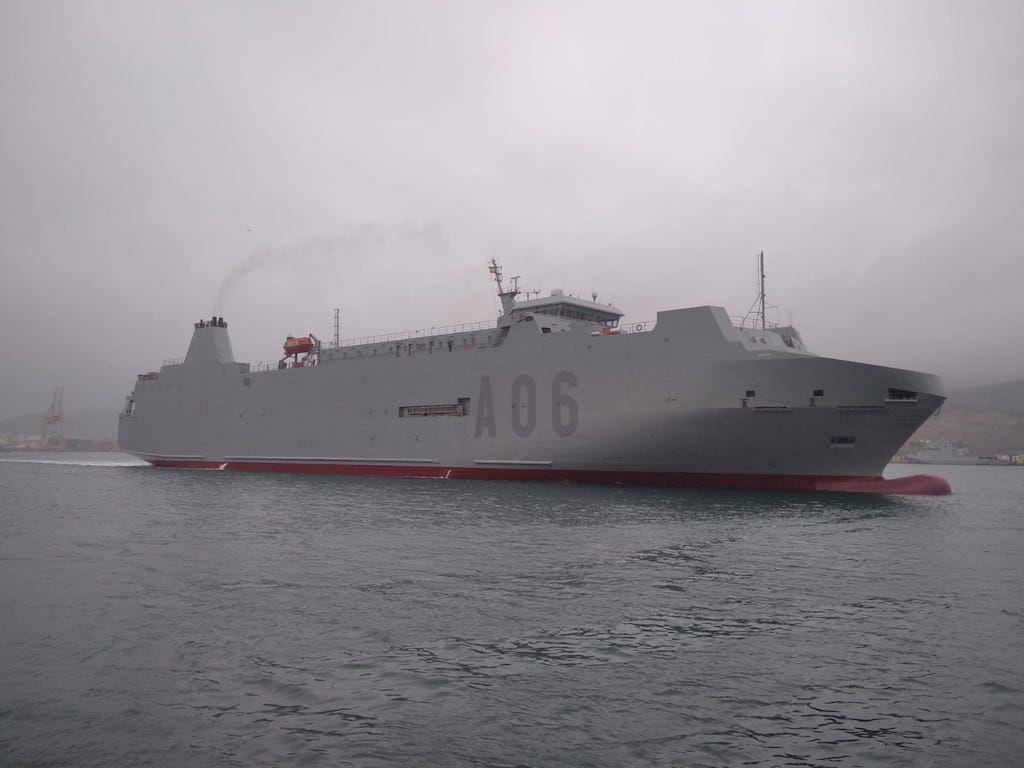 """El buque logístico """"Galicia"""", futuro """"Ysabel"""", a su llegada a Cartagena"""