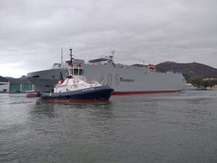 """El remolcador """"VB Cartagena"""" auxilia la maniobra del buque """"Ysabel"""""""
