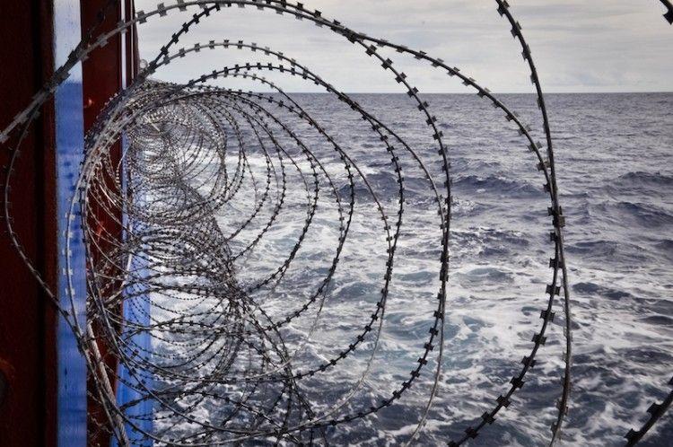 Las alambradas, uno de los recursos contra la piratería en el golfo de Guinea