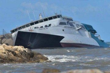"""El catamarán """"Pinar del Río"""", herido de muerte"""