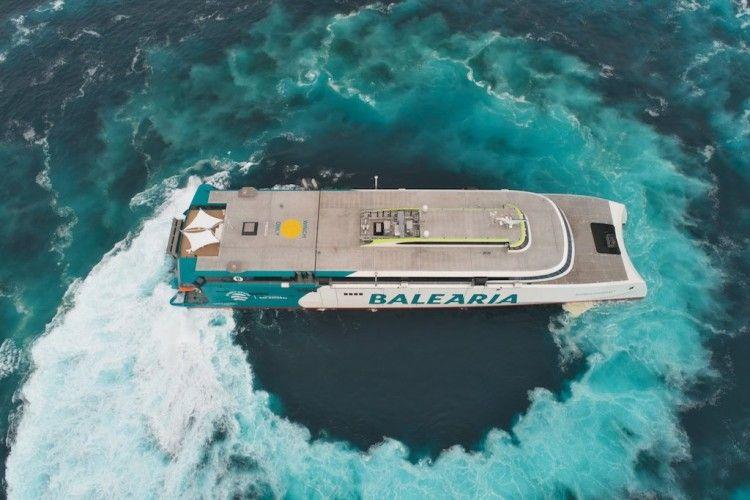 """El catamarán """"Eleanor Roosevelt"""", un hito en la historia de Balearia"""