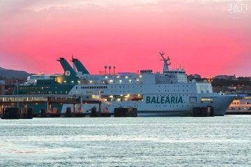 """""""Regina Baltica"""", uno de los barcos de Balearia para la OPE"""