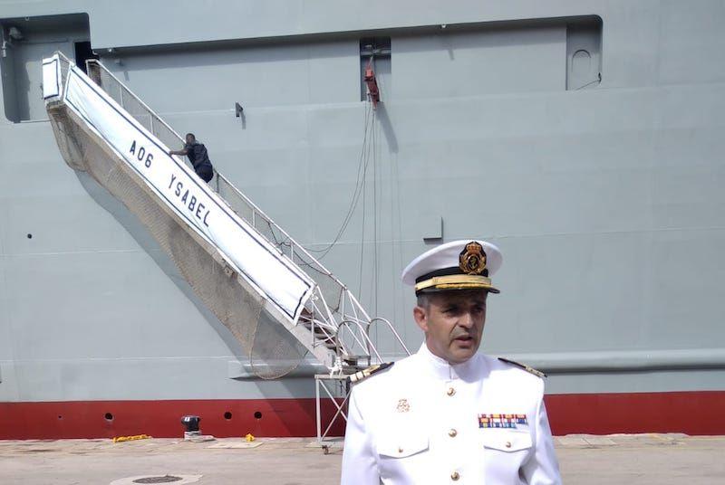 "CF Pedro Antonio Pérez Núñez, primer comandante del buque ""Ysabel"" (A 06)"
