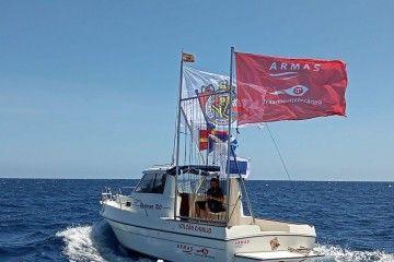 """""""Volcán Chinijo"""", nombre del barco de escolta de regatas del RCN Lanzarote"""