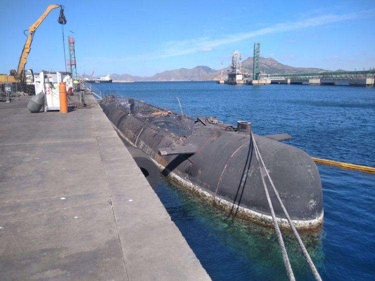 """Estado en que se encuentra el desguace del submarino """"Siroco"""""""
