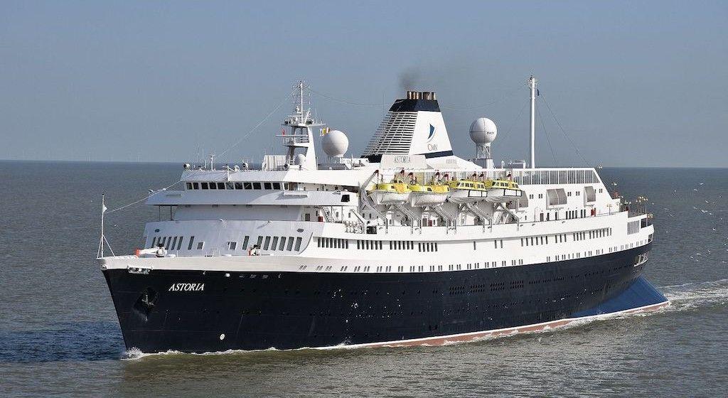"""El buque """"Astoria"""", en su etapa con CMV"""