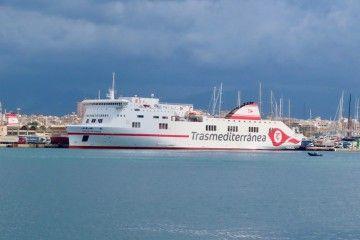 """El buque """"Ciudad de Palma"""" cancela la salida de hoy"""