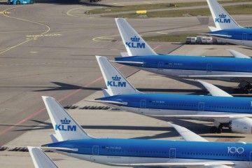 KLM recibe una ayuda estatal para torear la crisis financiera del coronavirus