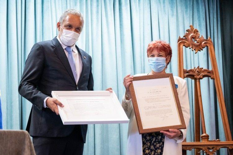Bernard Lonis recibe oficialmente el exequatur de su nombramiento como cónsul de Francia en Canarias