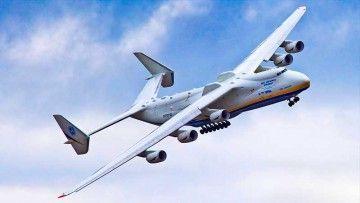 El impresionante avión, único en el mundo, tiene bandera de Ucrania