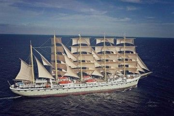 "Elegante estampa marinera del buque velero ""Golden Horizon"""