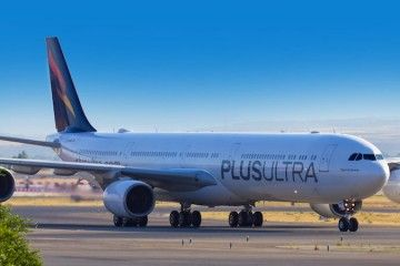 Avión A340 de Plus Ultra Líneas Aéreas