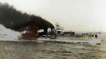 """El crucero """"Príncipe Alfonso"""", en sus pruebas de mar"""